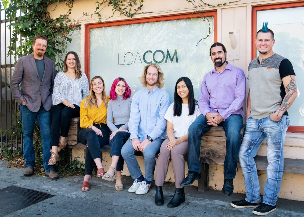 Picture of LOACOM employees.