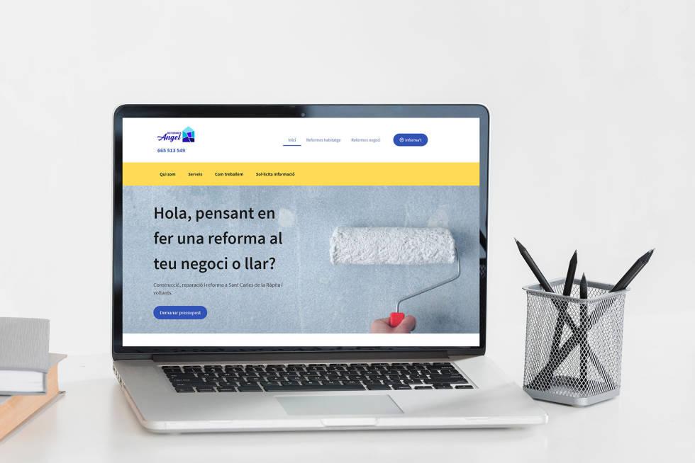 laptop open to custom website homepage