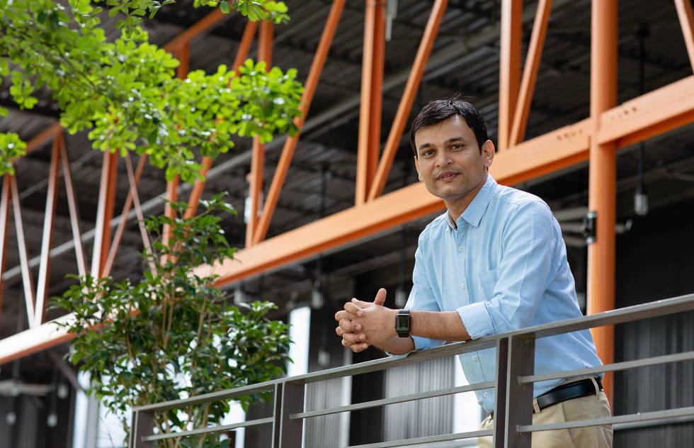 Photo of Dhruv Patel, Managing Director of Redspark Technologies