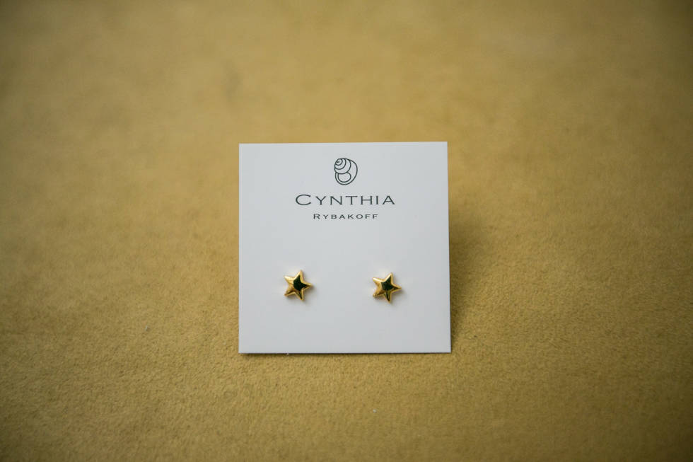 A pair of earrings from Cynthia Rybakoff