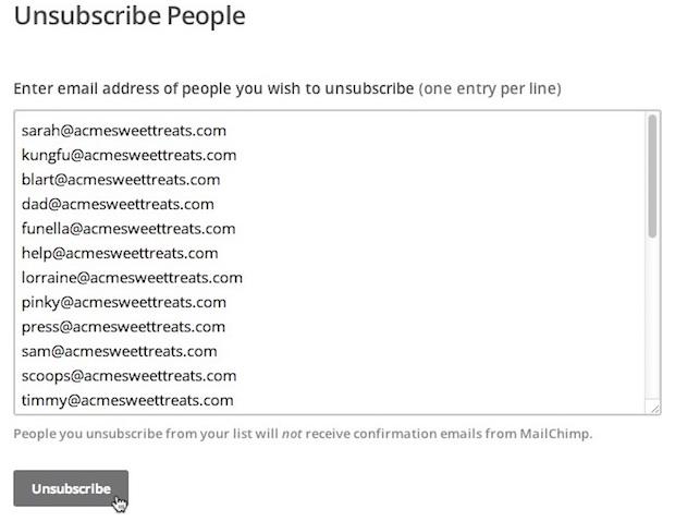 Pega las direcciones de correo electrónico en el cuadro Unsubscribe (Dar de baja)