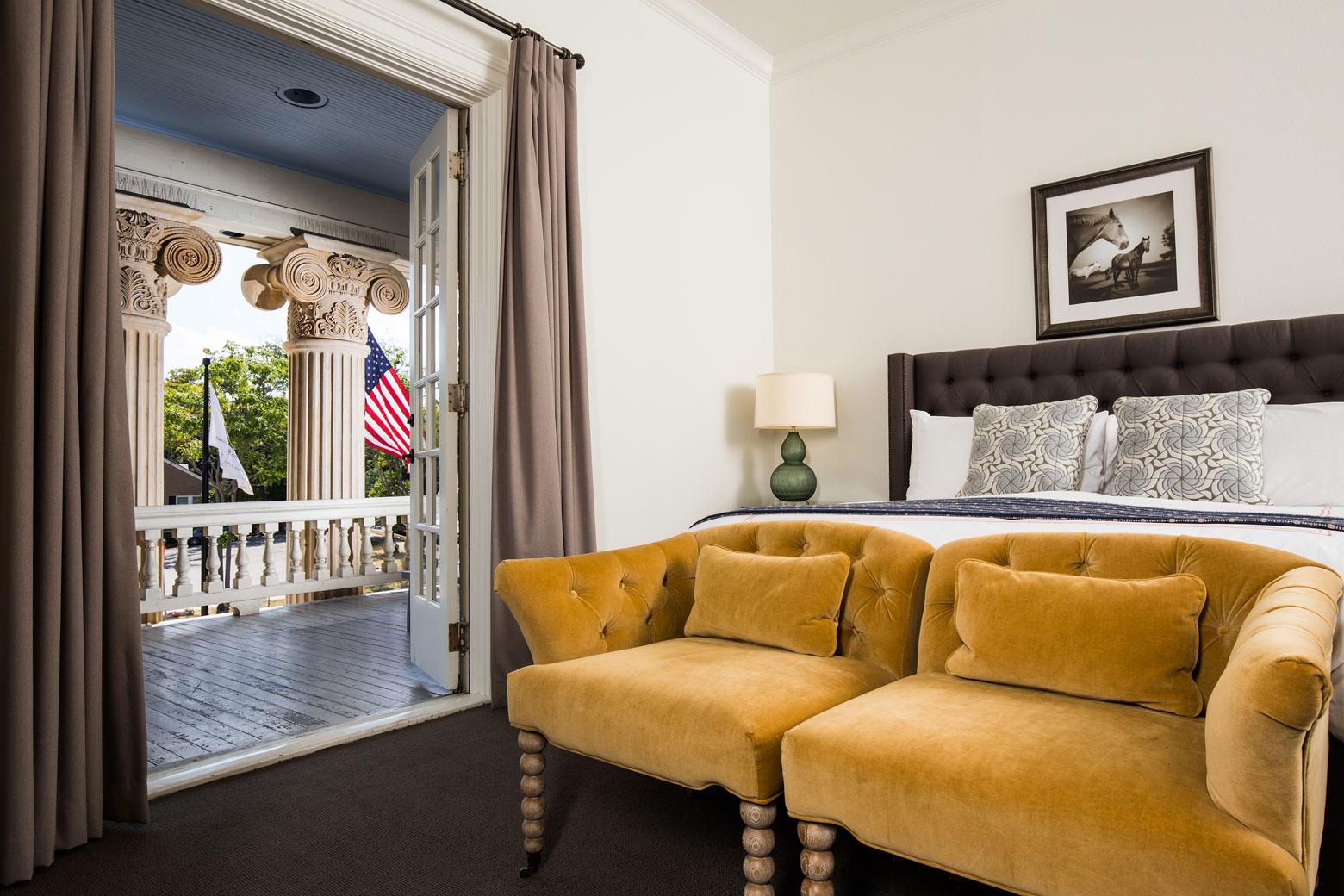 Hotel Ella room