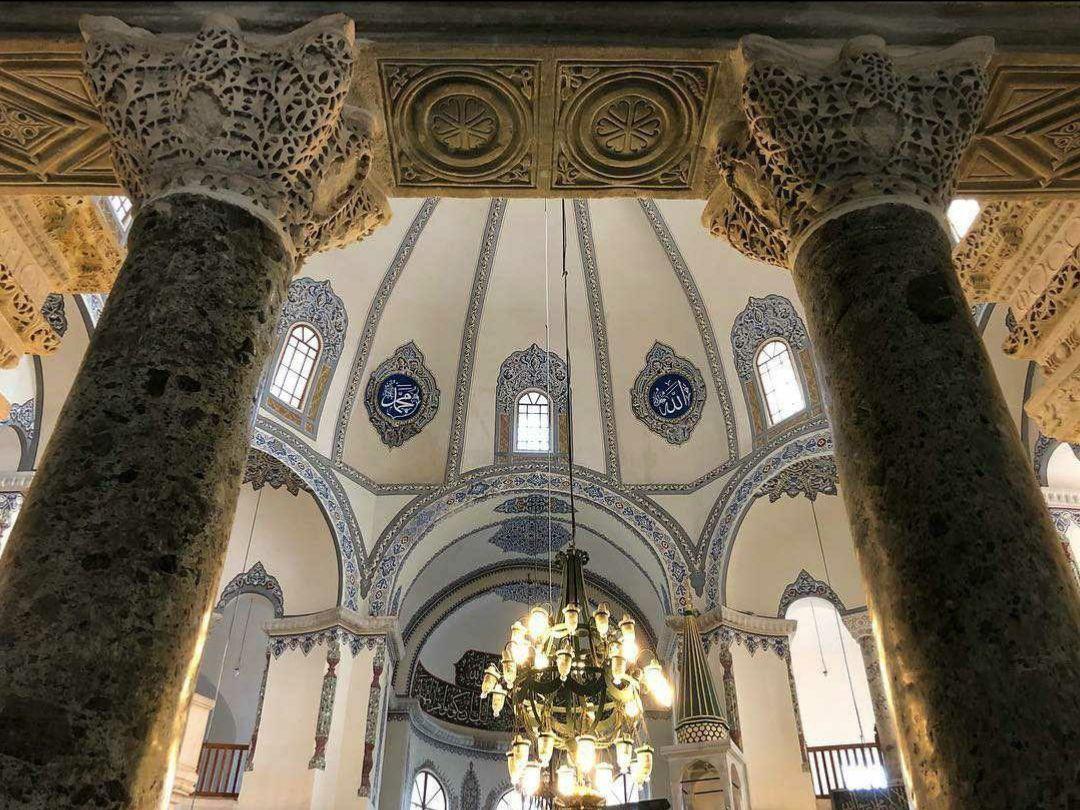 """موقع مسجد """"آيا صوفيا الصغير"""" Küçük Ayasofya Camii"""
